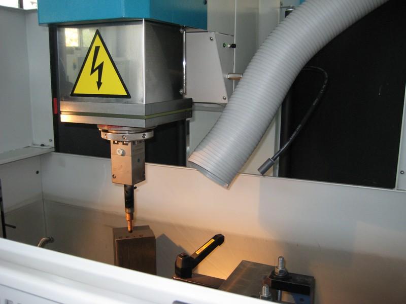 AR Filtrazioni | Filtri per fumi elettroerosione alta efficienza