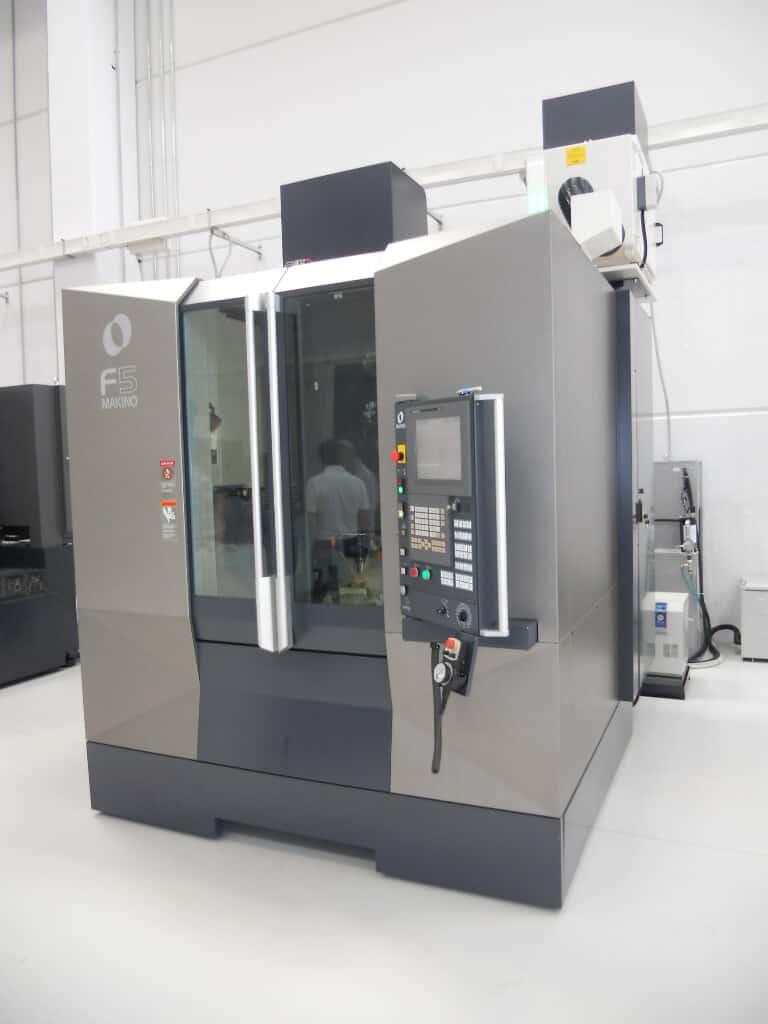 AR Filtrazioni | Makino cnc macchine utensili | Filtrazione nebbie oleose centri di lavoro makino cnc